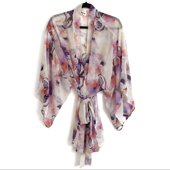 Show Me Your MuMu Other - Show Me Your Mumu Floral Print Robe Size Small